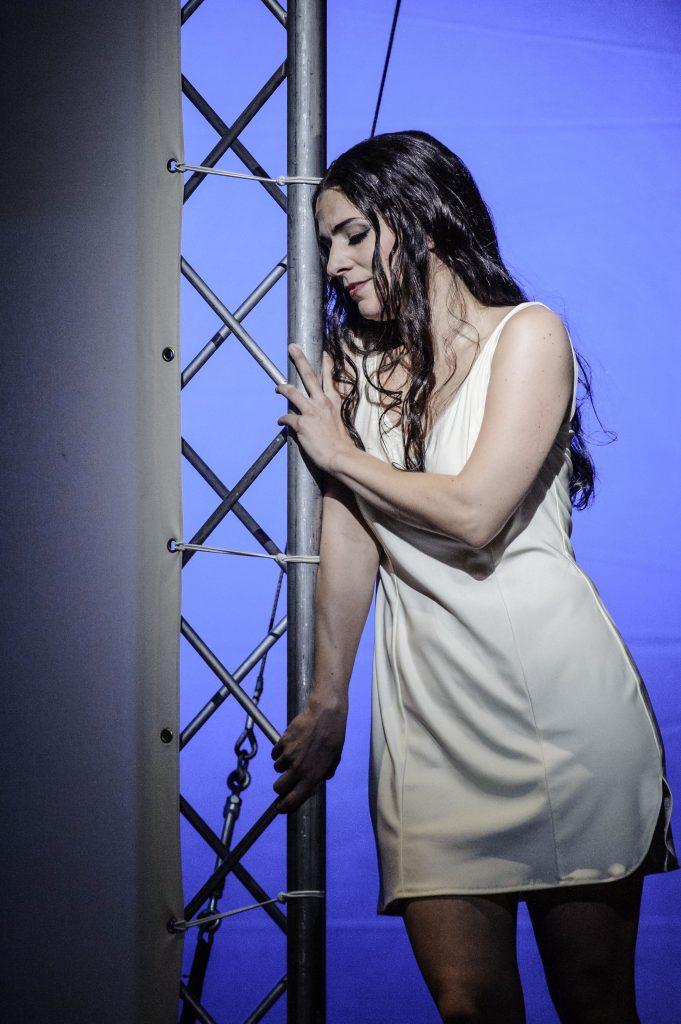 Theater Erfurt, Saison 2014/2015Giacomo Puccini: Madama ButterflyRegie: Matthew FerraroIlia Papandreou: Cio-Cio-San Foto: © Lutz Edelhoff